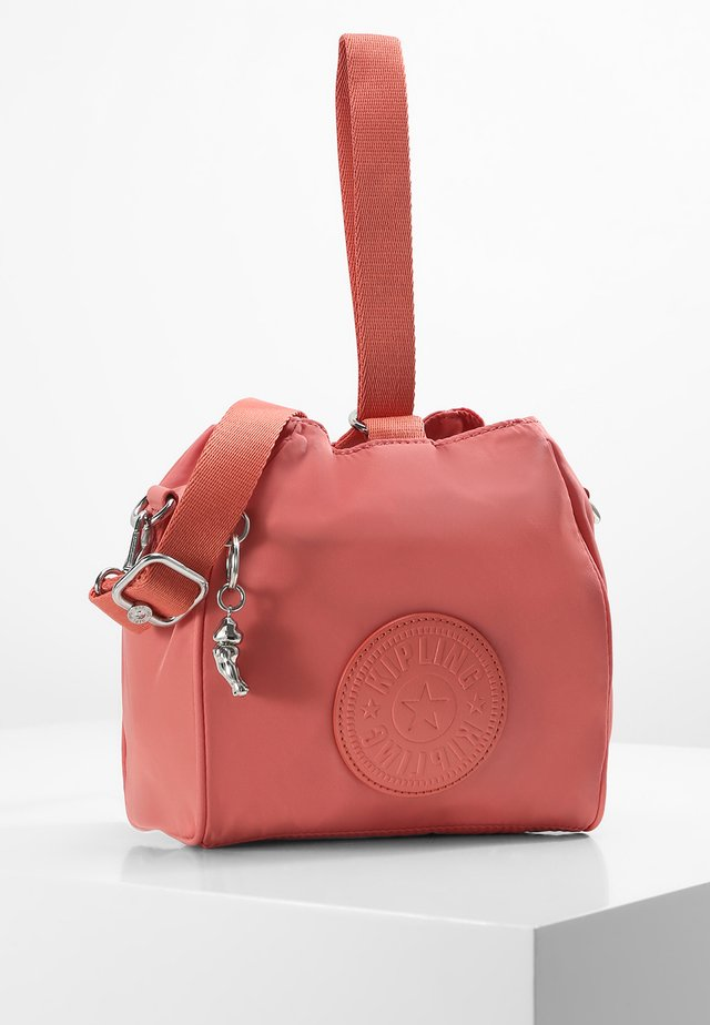 IMMIN - Across body bag - coral pink