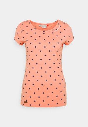 DOTS - T-shirts med print - coral