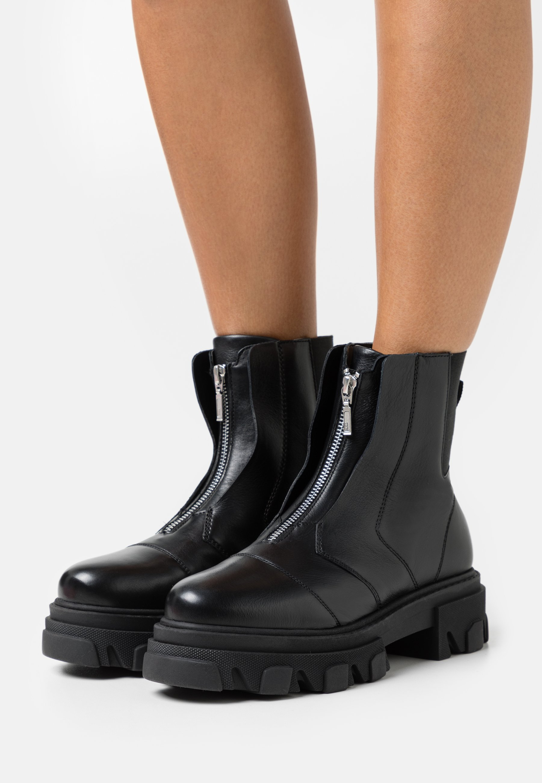Women ARCHIE ZIP FRONT CHUNKY - Platform ankle boots
