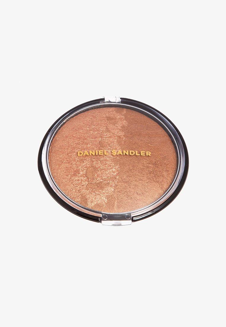 Daniel Sandler - BILLION DOLLAR BODY SHIMMER - Bronzer - gold