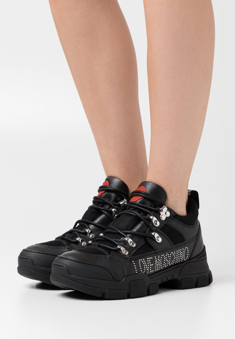 Love Moschino - TREKK - Trainers - black