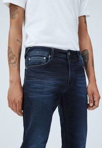 Pepe Jeans - STANLEY - Slim fit jeans - blue - 3
