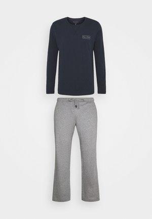 LOUNGESET CREW NECK - Pyjamas - blue