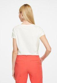 comma - Print T-shirt - white placed print - 2