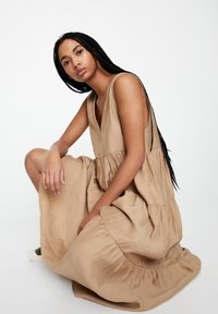 PULL&BEAR - Day dress - beige - 0