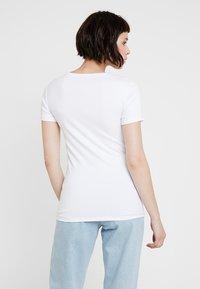 GAP - MOD CREW - T-shirt basic - optic white - 2