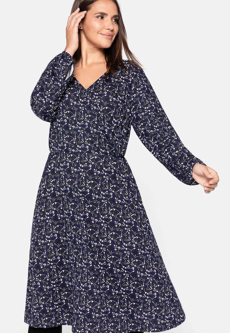 Sheego - Jersey dress - lila bedruckt