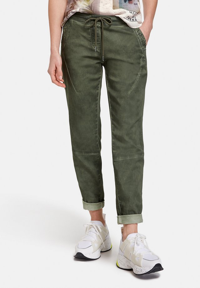 Trousers - botanical green