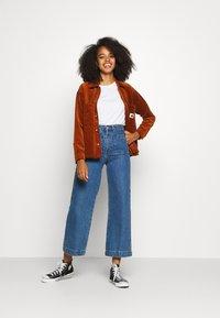 Carhartt WIP - FOYA SHIRT JACKET - Summer jacket - brandy - 1