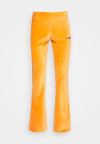 LOGO PANT - Tracksuit bottoms - orange