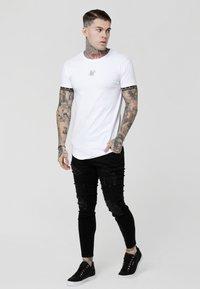 SIKSILK - SCOPE CARTEL GYM TEE - Printtipaita - white/gold
