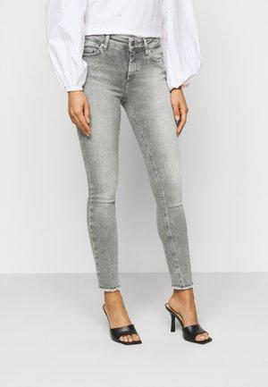 ONLBLUSH  - Jeans Skinny - grey denim