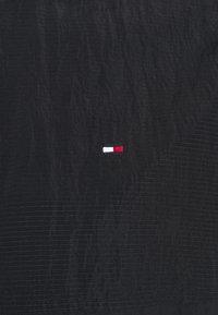 Tommy Hilfiger - LIGHTWEIGHT HOODED JACKET - Kevyt takki - desert sky - 5