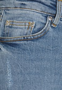 b.young - BYLOLA BYKAMILLE - Relaxed fit jeans - ligth blue denim - 2