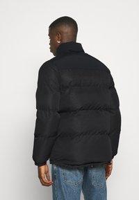 Converse - Winter jacket - mono black - 2