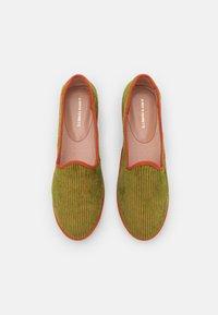 Alberta Ferretti - CORDUROY  - Slip-ons - fantasy print green - 4