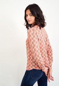 White Stuff - Button-down blouse - pink mehrfarbig - 1