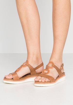 Platform sandals - tan/light peach