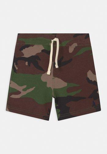 BOTTOMS - Shorts - green