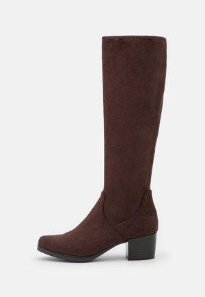 Boots - dark brown stret