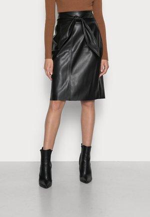 ENIKITA - Pencil skirt - noir