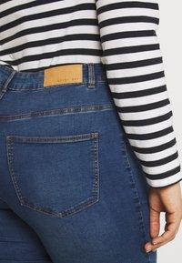 Noisy May Curve - NMCALLIE WESTERN - Jeans Skinny Fit - medium blue denim - 4