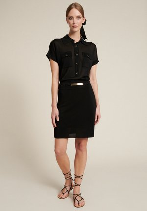CARINO - Shirt dress - nero