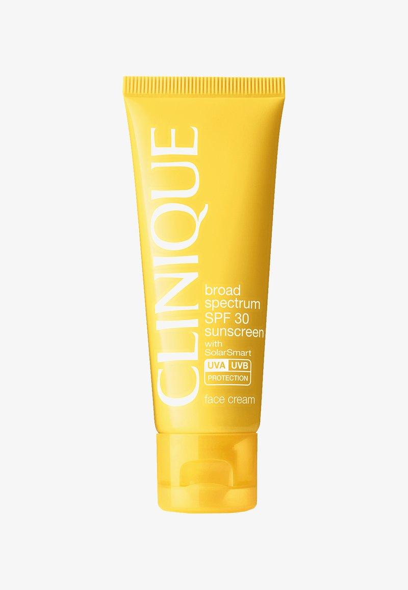 Clinique - SPF30 ANTI-WRINKLE FACE CREAM - Sun protection - -