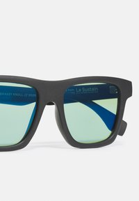 Le Specs - SUSTAIN GRASSY KNOLL - Zonnebril - black grass - 2