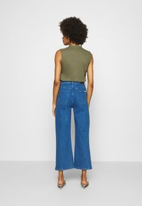 Marc O'Polo DENIM - TOMMA CROPPED - Relaxed fit jeans - pre fall blue - 3