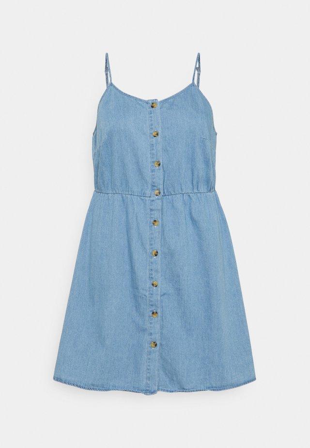 VMFLICKA STRAP SHORT DRESS - Sukienka jeansowa - light blue denim
