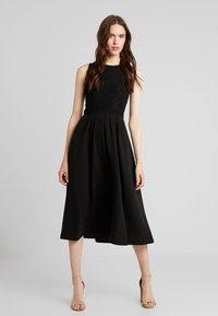 mint&berry - Jersey dress - black - 1