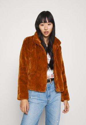 ONLVIDA JACKET - Winter jacket - picante