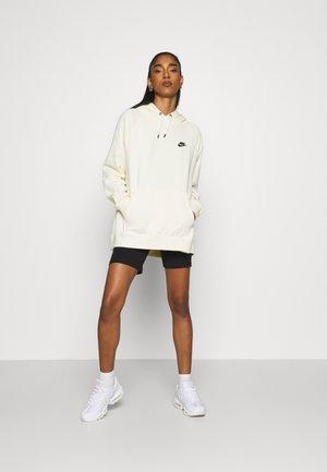 NMLAILA 2 PACK - Shorts - black
