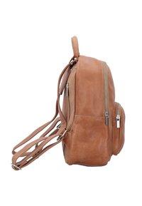 Cowboysbag - ESTELL - Rucksack - brown - 2