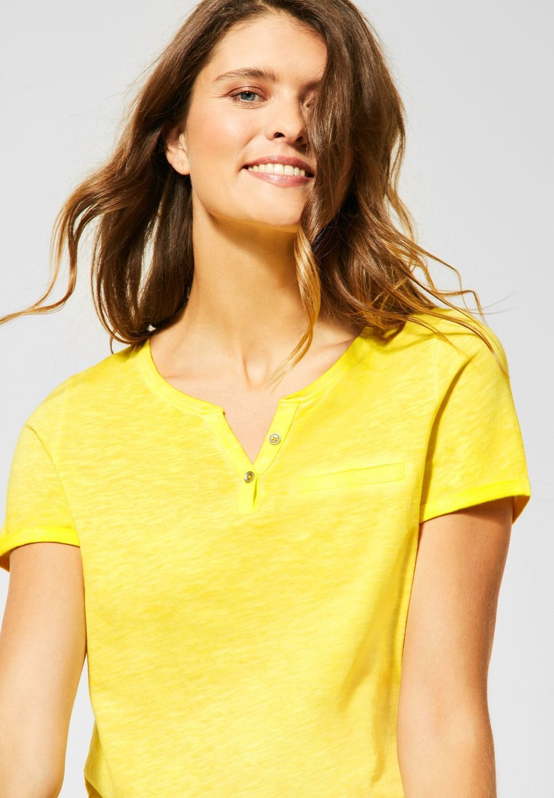 Cecil - Basic T-shirt - gelb
