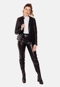 LEATHER HYPE - ÉLYSÉE PERFECTO - Leather jacket - black - 1