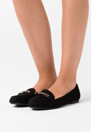 WIDE FIT LAFFLE TRIM - Loaferit/pistokkaat - black