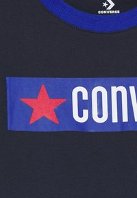 Converse - GRAPHIC RINGER TEE - T-shirt print - obsidian - 2
