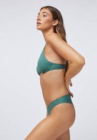 OYSHO - Bikiniunderdel - evergreen - 3