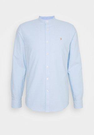 BREWER - Skjorter - sky blue
