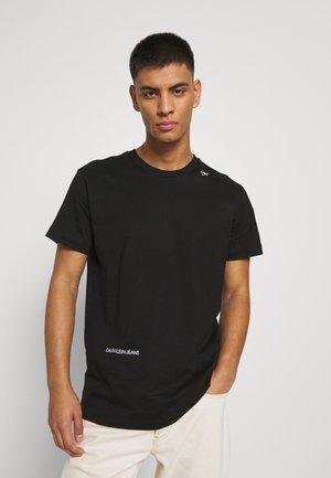 MICRO LOGO TEE UNISEX - Print T-shirt - black