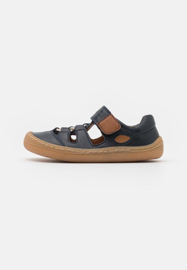 BAREFOOT - Sandaalit nilkkaremmillä - dark blue
