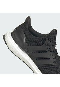adidas Originals - ULTRABOOST DNA - Zapatillas - core black/core black/ftwr white - 8