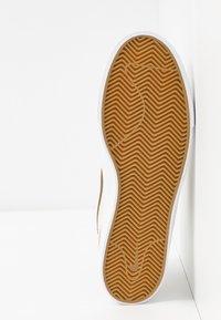 Nike SB - ZOOM JANOSKI UNISEX - Trainers - sail/yukon brown/light orewood brown/black - 6
