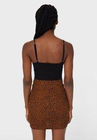 Stradivarius - Mini skirt - dark brown - 2