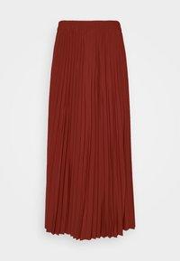 mottled dark red