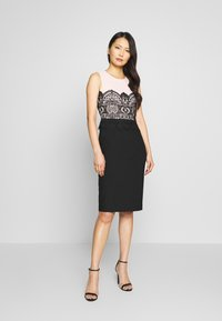 Apart - COLORBLOCKING DRESS - Robe de soirée - black - 0