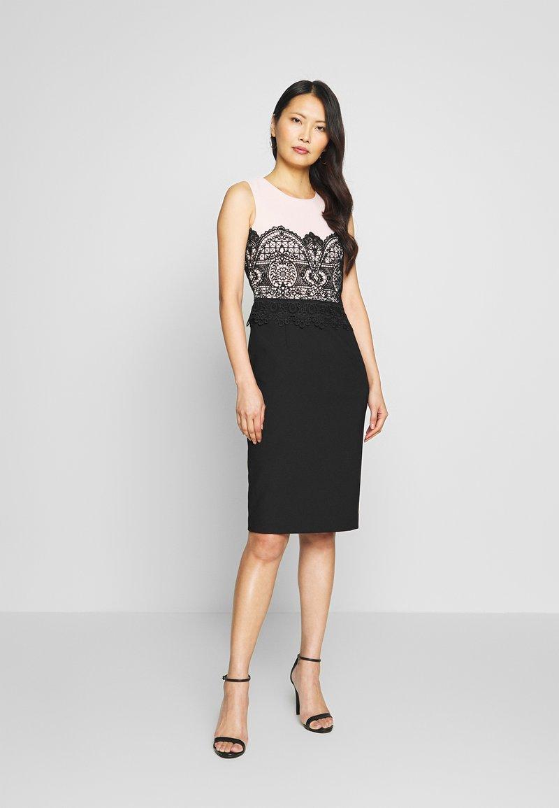 Apart COLORBLOCKING DRESS - Cocktailkleid/festliches Kleid ...