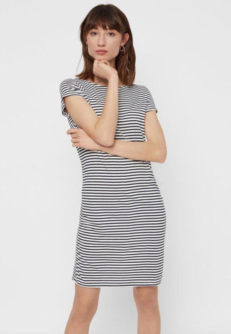 Women PCBILLO SS DRESS NOOS - Jersey dress